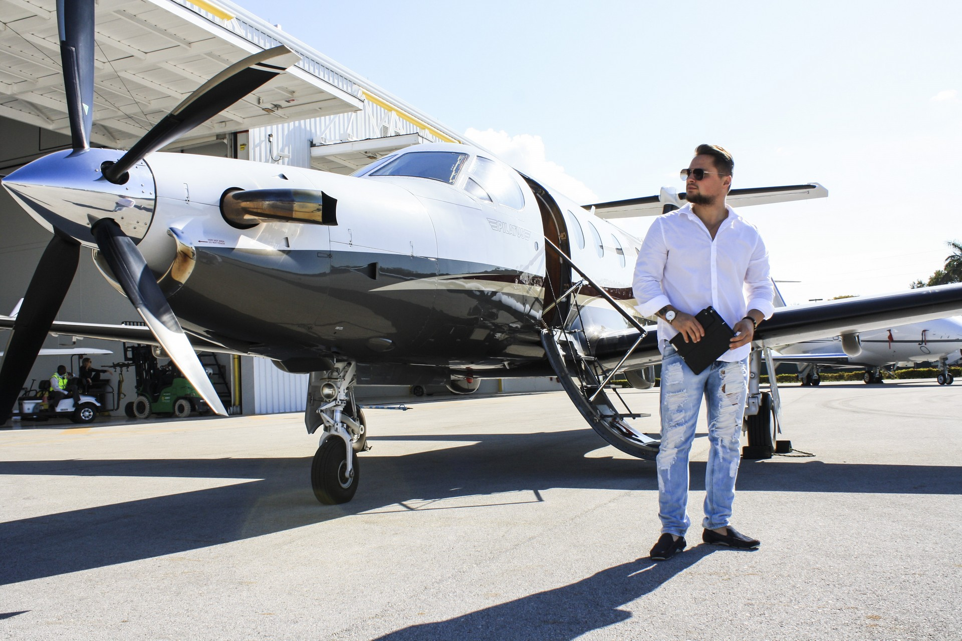 Eagle Private Jet and Air Charter Flights