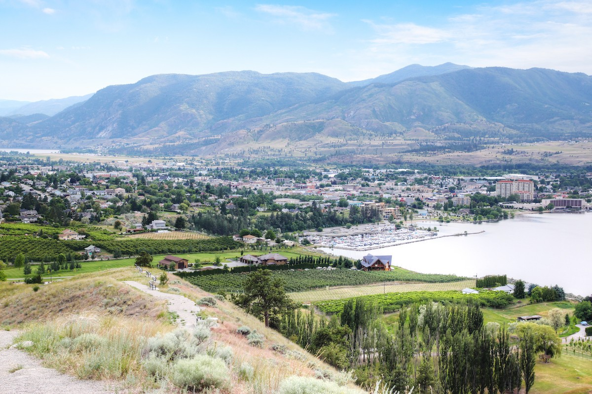 Kelowna Private Jet and Air Charter Flights