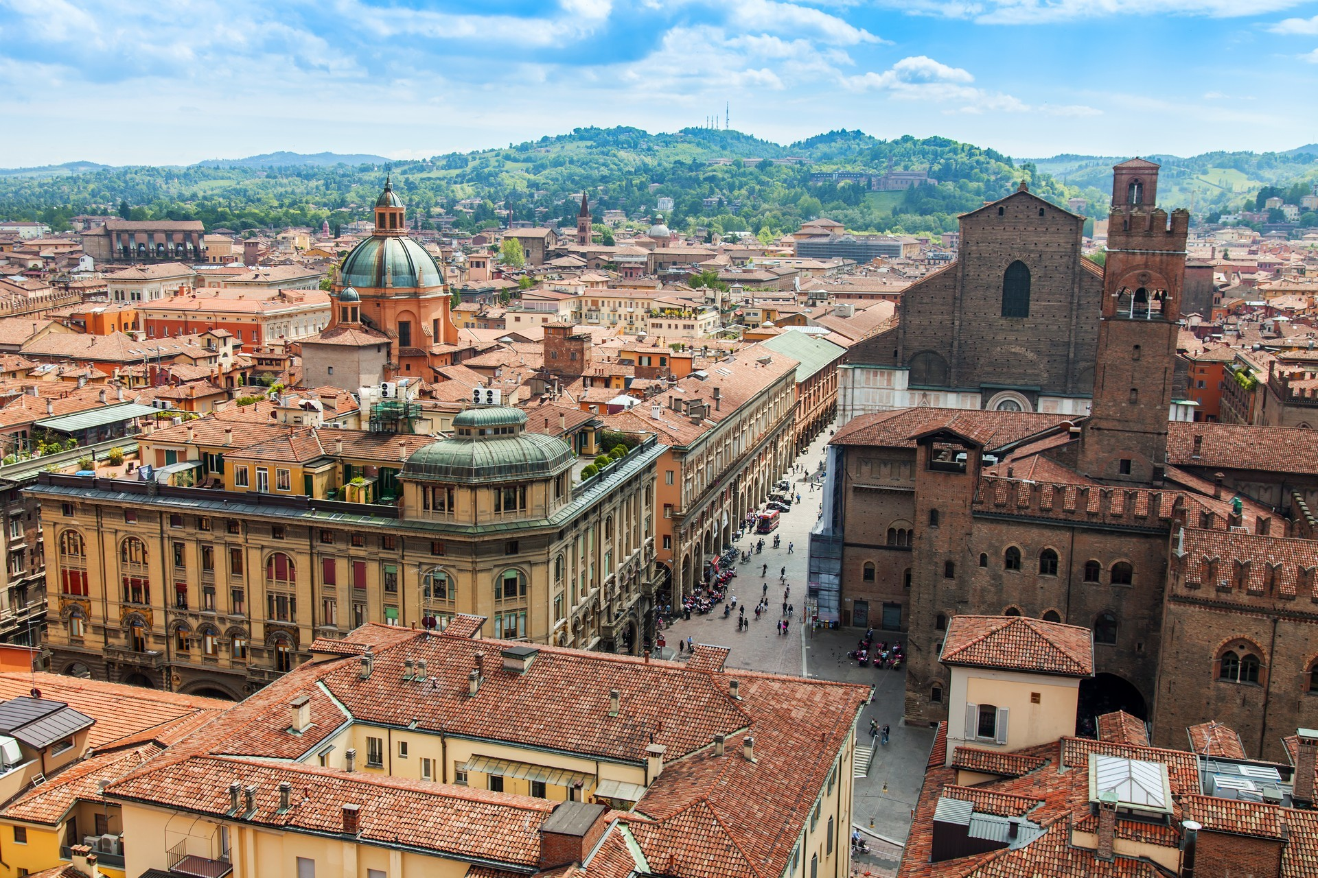 Bologna Private Jet and Air Charter Flights