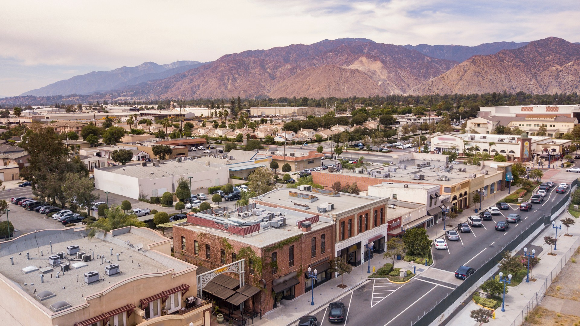 Azusa Private Jet and Air Charter Flights