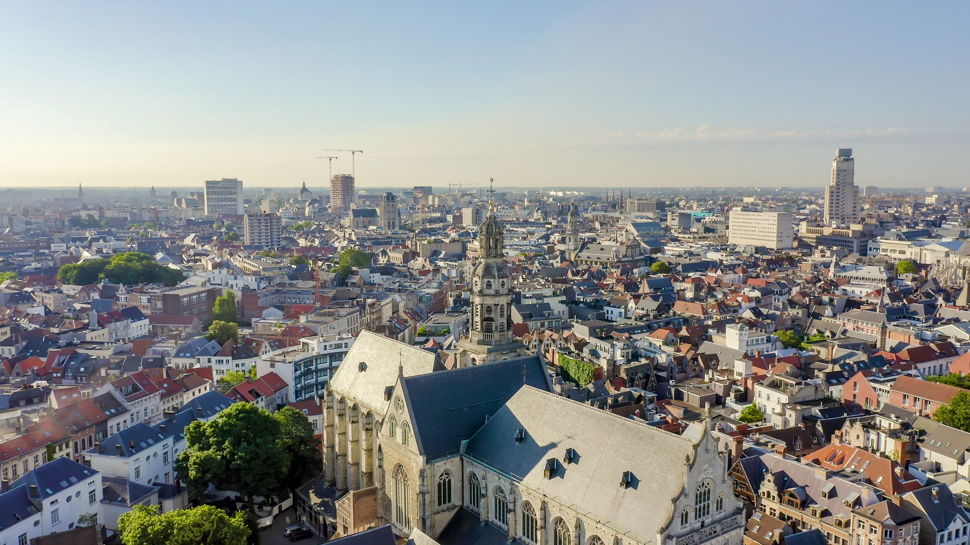 Antwerp Private Jet and Air Charter Flights