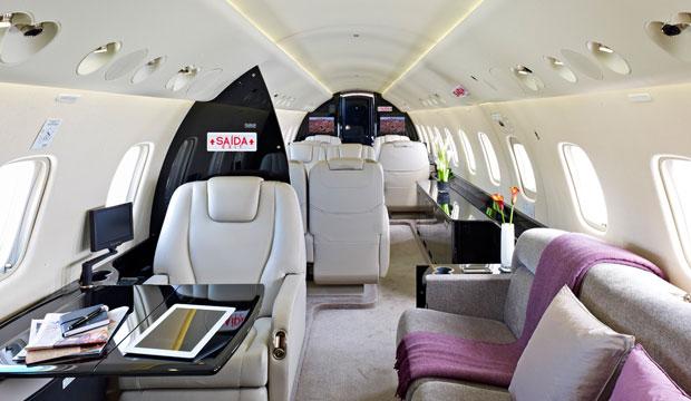 Embraer Legacy 650 interior jet charter