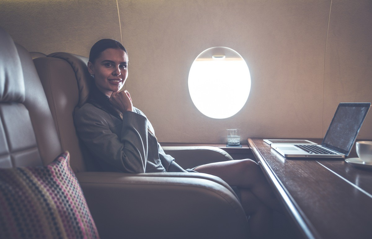 First class vs private jet charter – a pointless debate