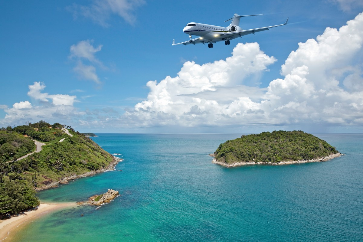 Private Getaway Destinations for Private Jet Travelers in the Hawaiian Islands