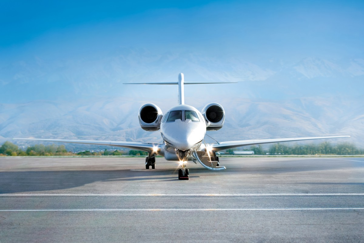 Which private jet is better, Gulfstream 280 or Bombardier's Challenger 350