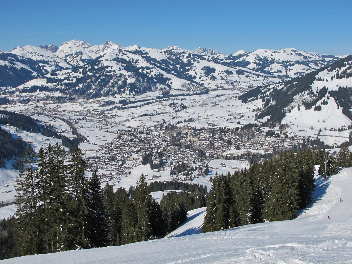 Gstaad Private Jet and Air Charter Flights