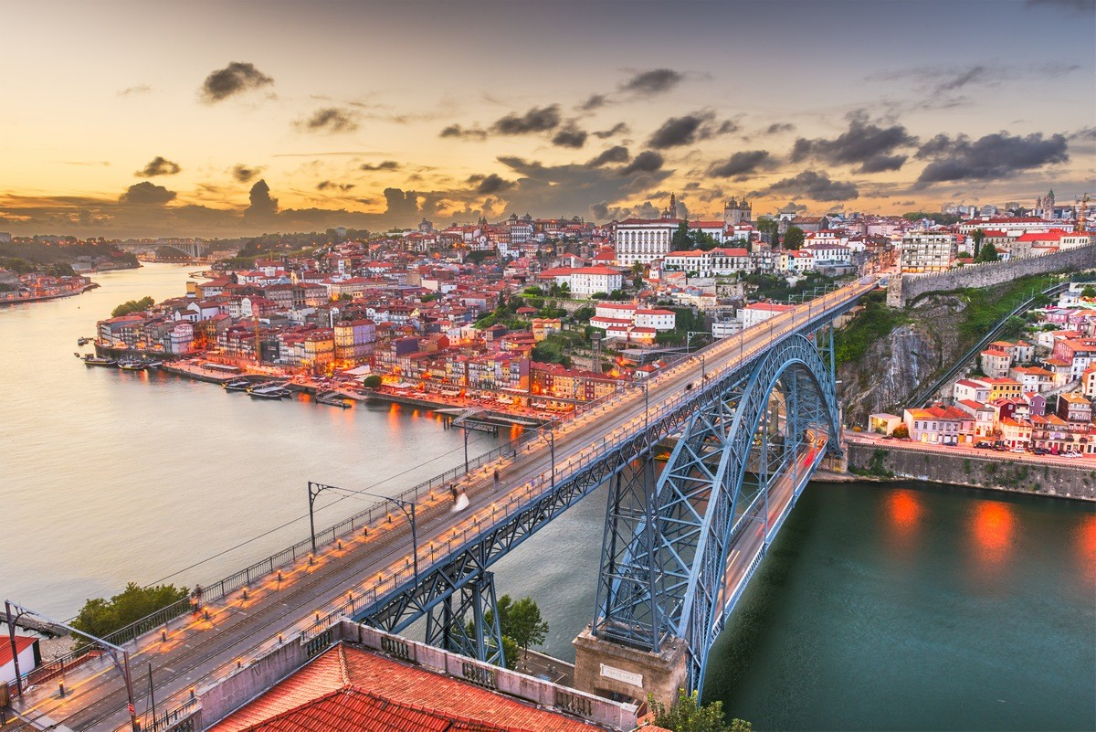 Porto Private Jet and Air Charter Flights