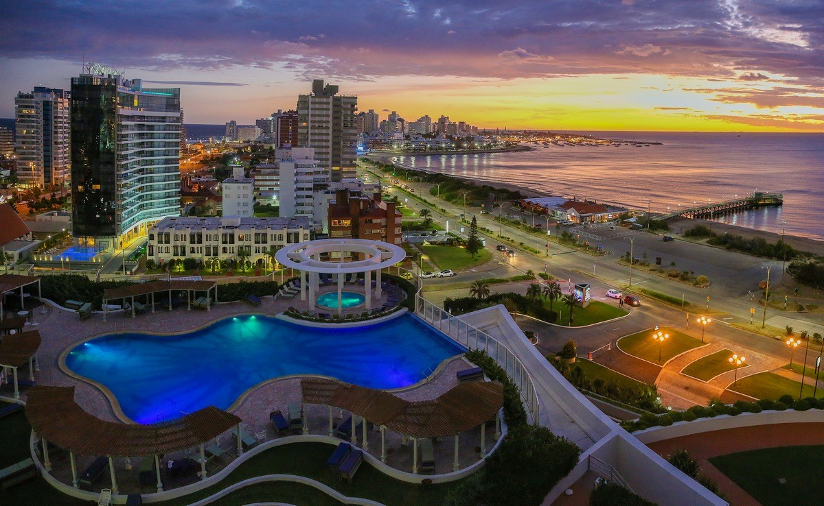 Uruguay Private Jet and Air Charter Flights