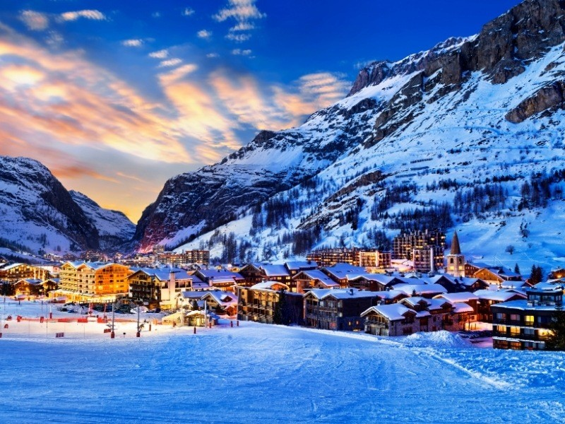 Val D'Isere Private Jet and Air Charter Flights