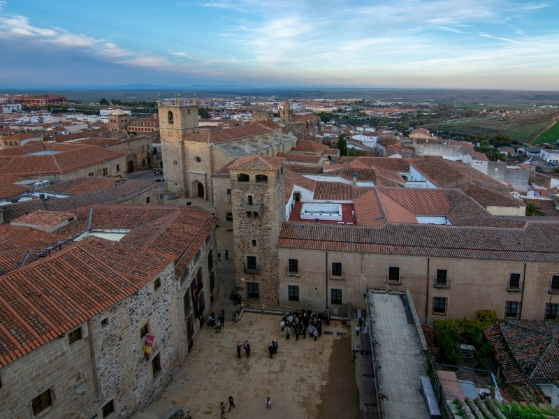 Caceres Private Jet and Air Charter Flights