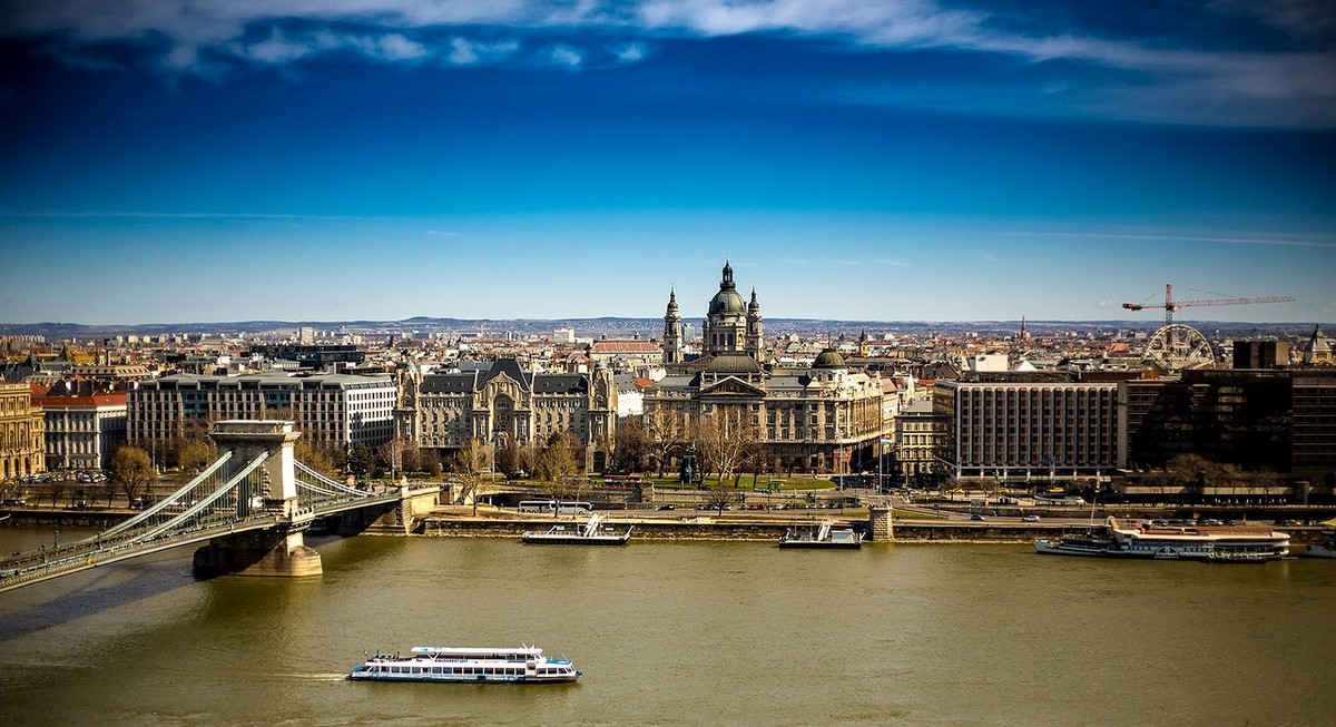 Hungary Private Jet and Air Charter Flights
