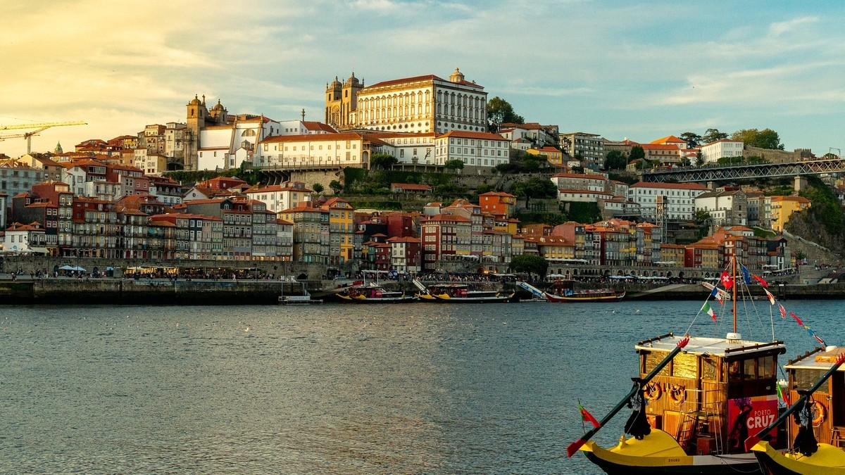 Portugal Private Jet and Air Charter Flights