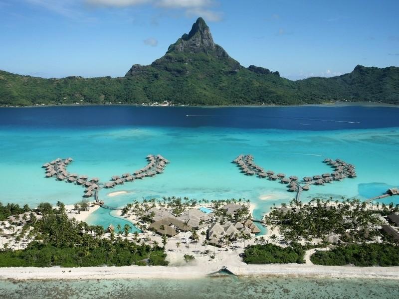 Bora Bora Private Jet and Air Charter Flights